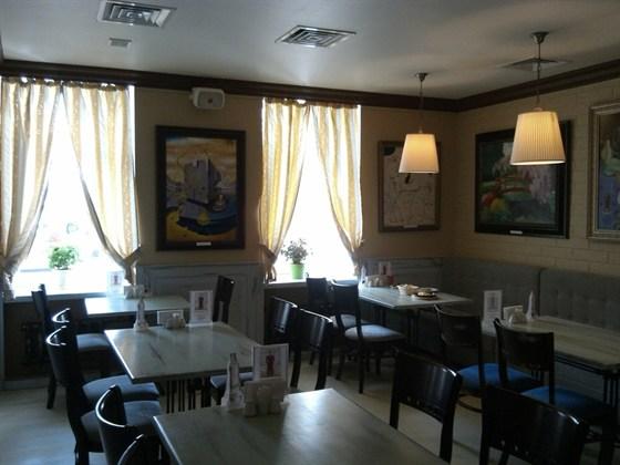 Ресторан Don Gusto - фотография 3 - Верхний зал-3