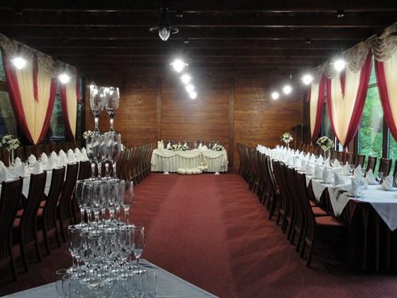 Ресторан Зеленый попугай - фотография 5 - банкетный зал