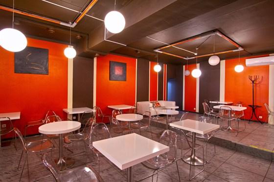 Ресторан Bloggi Bar - фотография 15