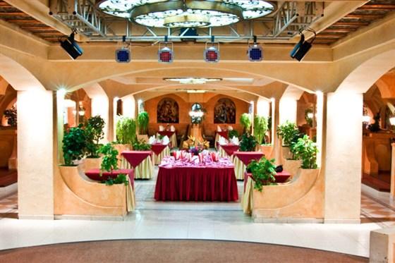 Ресторан Вега - фотография 3 - Банкетный зал Измайловский двор