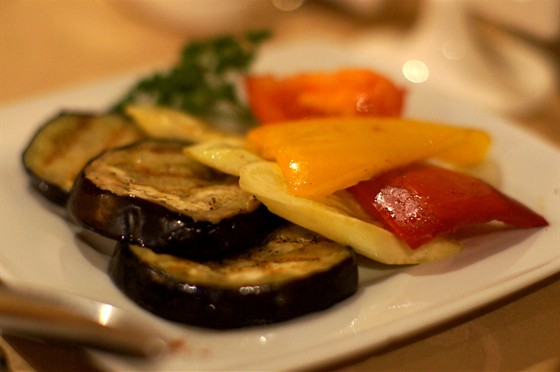 Ресторан Моцарт - фотография 5 - овощи - гриль