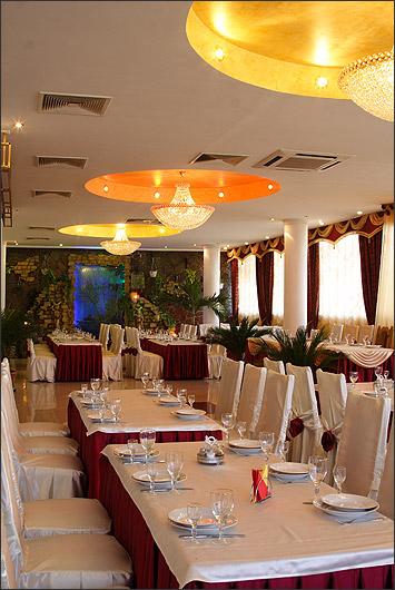 Ресторан Муган - фотография 13