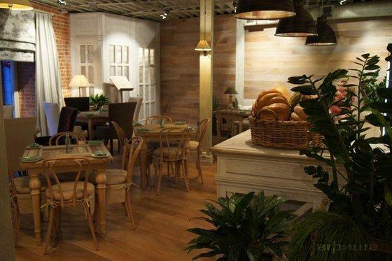Ресторан Латук - фотография 10
