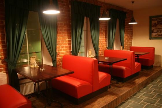 Ресторан Хмелефф - фотография 1 - Зал на втором этаже