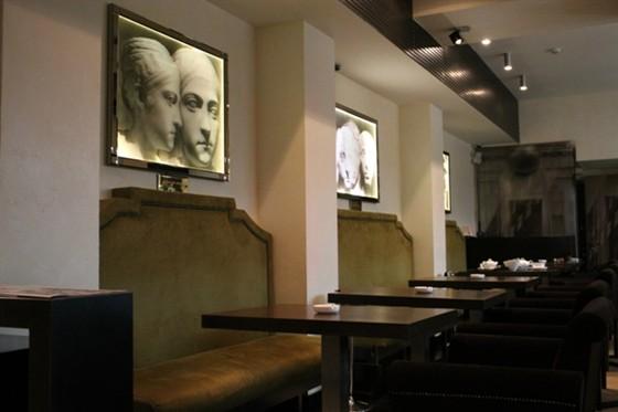 Ресторан Венский деликатессенбар - фотография 3 - Венский ДеликатЕссен Бар - интерьер