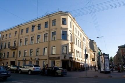 Ресторан Veritas - фотография 6 - Ресторан VERITAS расположен на углу улиц Правды и Социалистическая.