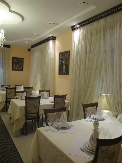Ресторан Старый Тбилиси - фотография 5 - Второй зал