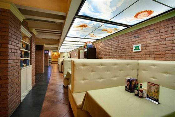 Ресторан Da Pino - фотография 3 - Мягкая зона.