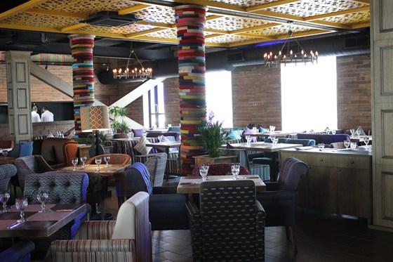 Ресторан Сухофрукты - фотография 4 - Основной зал