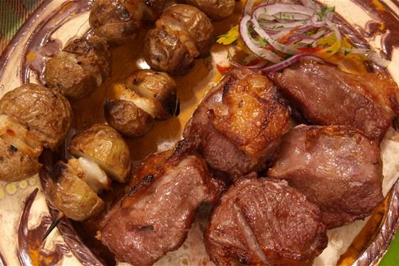 Ресторан Ацатун - фотография 3 - Ресторан Клуб Ацатун