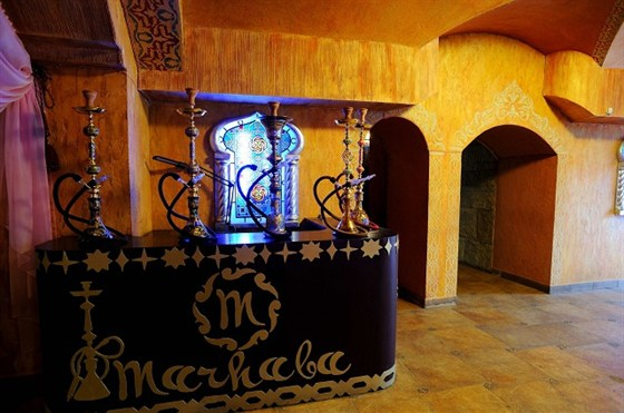 Ресторан Мархаба - фотография 9 - Кальянный стол
