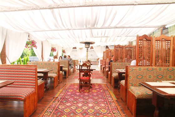 Ресторан Павлин-мавлин - фотография 1