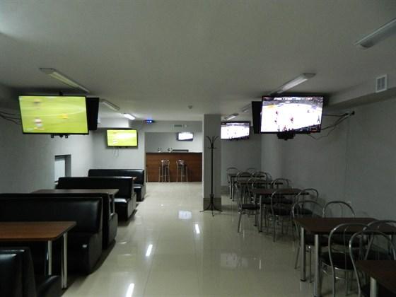Ресторан Спортсмен - фотография 1 - зал