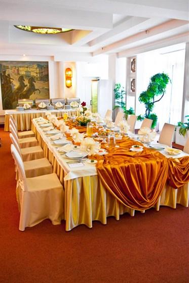 Ресторан Вега - фотография 5 - Банкетный зал Московский