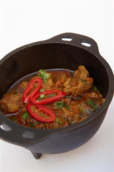 Ресторан Studio Basmati - фотография 15 - Madrasi chichen curry