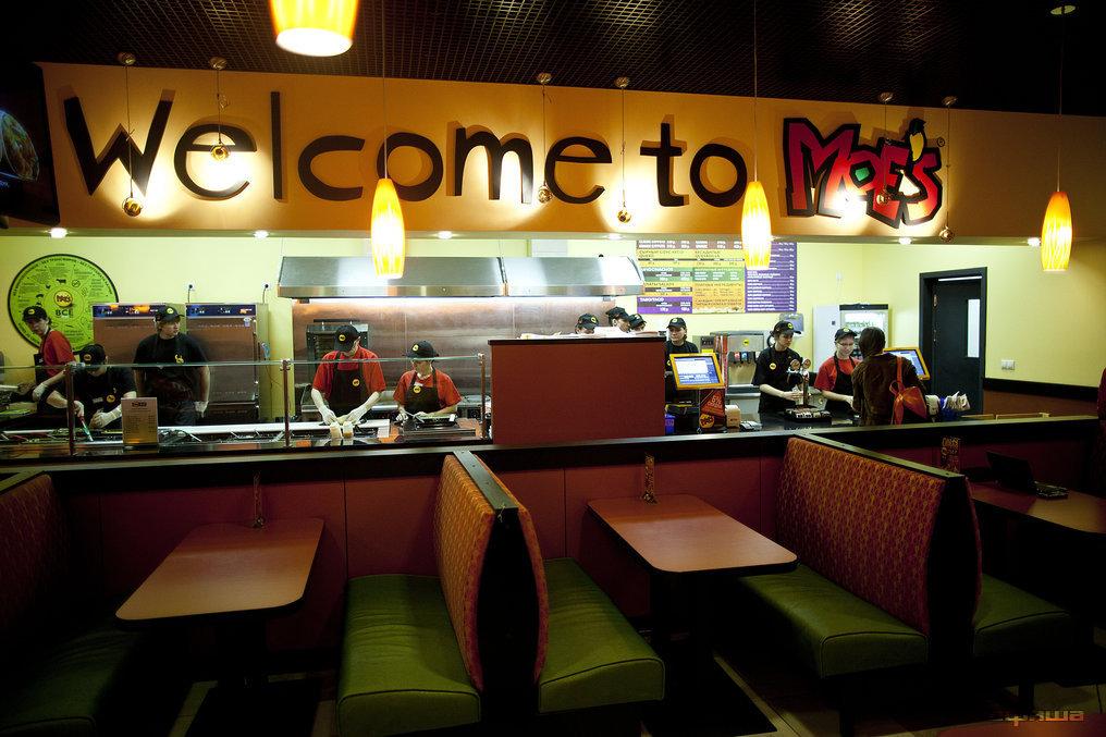 Ресторан Moe's - фотография 7