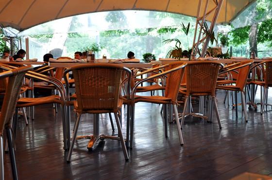 Ресторан Черноморская ривьера - фотография 22 - Летняя терраса