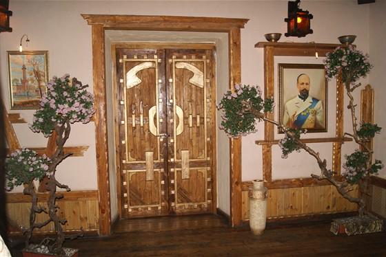 Ресторан Орлов - фотография 3 - Вход в зал