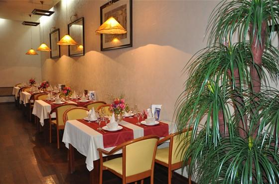 Ресторан Студия вкуса - фотография 8 - основной зал
