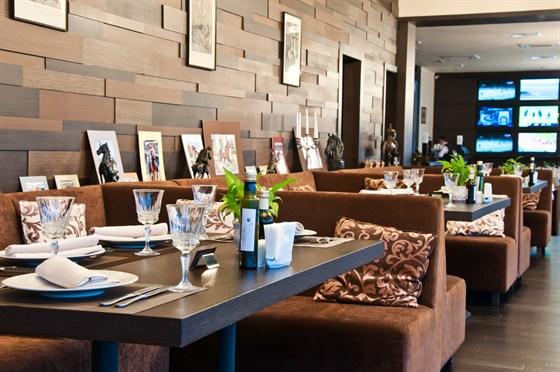 Ресторан Ипподром - фотография 11