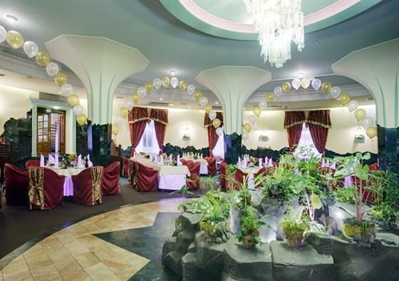 Ресторан Каменный цветок - фотография 1