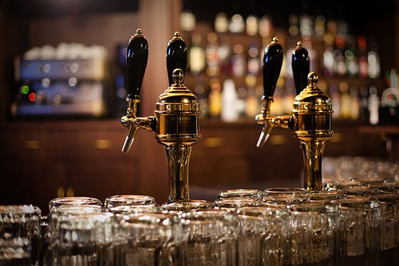 Ресторан Колковна - фотография 1 - бар первого этажа