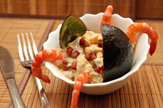 Ресторан Бейрут  - фотография 17 - «Королевский» (авокадо с креветками под соусом)