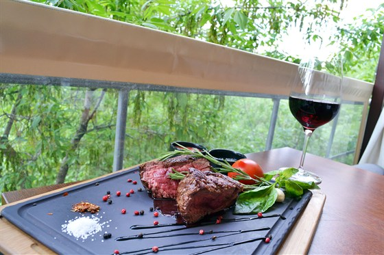 Ресторан Quattro camini - фотография 13 - Летняя веранда
