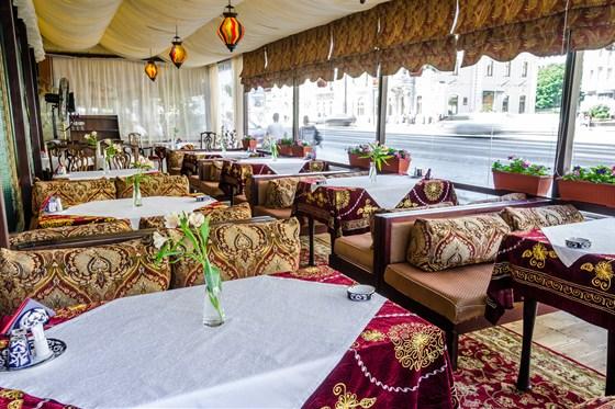 Ресторан Самарканд - фотография 13 - Летняя веранда в Самарканде