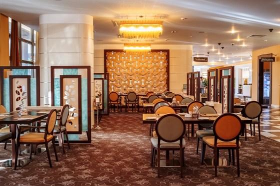 Ресторан Hilton Garden Inn - фотография 4 - Ресторан Хилтон Гарден Инн Краснодар