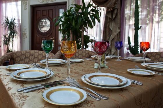 "Ресторан Gotinaza - фотография 3 - Зал ""Зимний сад"""
