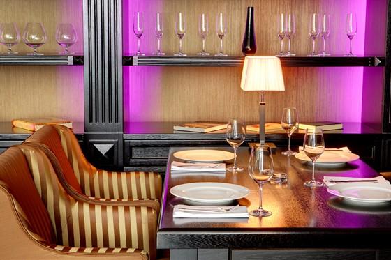 Ресторан Noodles - фотография 6 - Интерьер ресторана