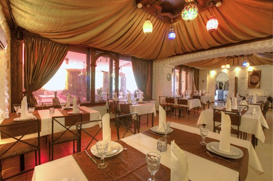 Ресторан Маленький Мук - фотография 2