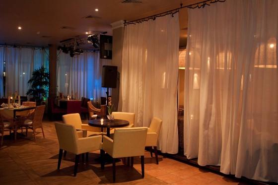 Ресторан Гаврош - фотография 13