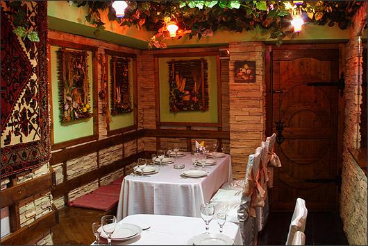 Ресторан Муган - фотография 2