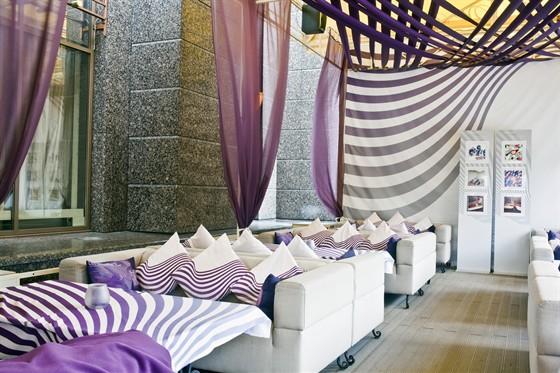 Ресторан Doucet X.O. - фотография 4 - Летняя веранда в стиле Вог