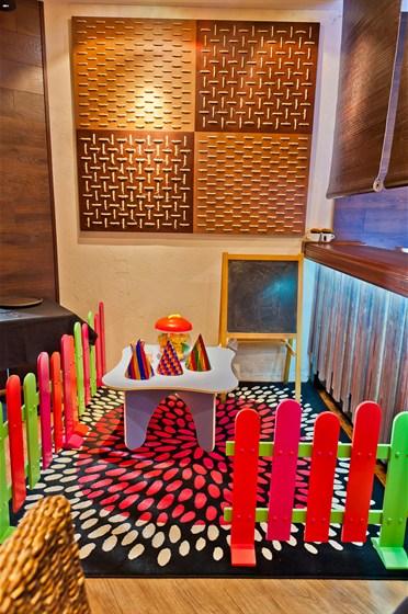 Ресторан Side - фотография 5 - Детский уголок