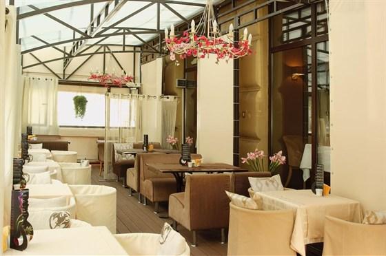 Ресторан Баловень - фотография 13 - Веранда Баловень С