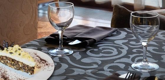 Ресторан Mascotte - фотография 4 - Интерьер кафе