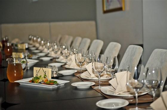 Ресторан Груша - фотография 16 - Готовимся к свадебному торжеству.