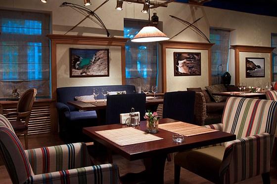 Ресторан Discovery - фотография 8 - Зал 2 этажа