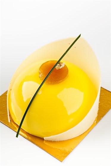 Ресторан Кондитерская «Пушкин» - фотография 14 - Освежающий лимонный десертъ с жасмином.