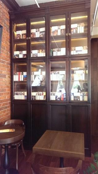 Ресторан Un Caffe - фотография 3