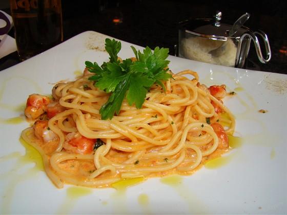 Ресторан Шоколад - фотография 2 - Спагетти с креветками