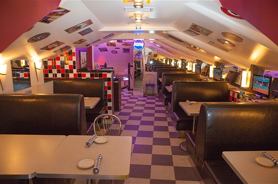 Ресторан Frendy's - фотография 17 - Зал