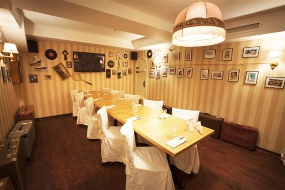 """Ресторан Хоум - фотография 3 - Зал """"Караоке"""" - до 20 человек."""