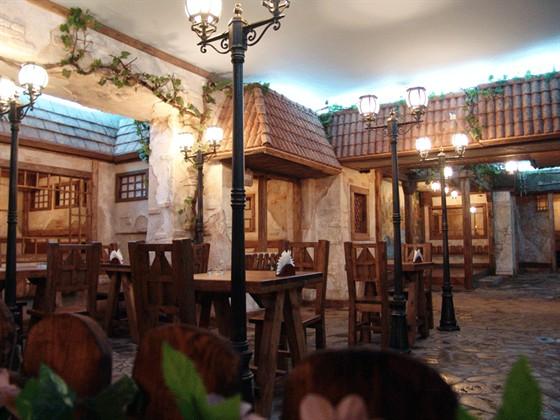 """Ресторан Хмельная - фотография 3 - Пивной ресторан """"Хмельная"""" - первый зал 2."""