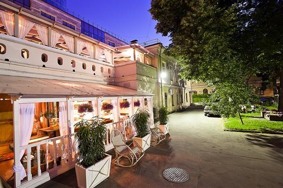 Ресторан Sorbetto - фотография 4 - Нижняя веранда.