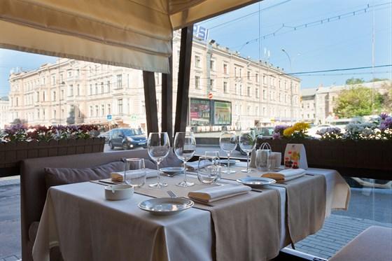 Ресторан Де Марко - фотография 50 - Летняя веранда