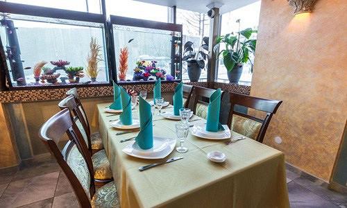 Ресторан Аквариум - фотография 13 - Столик у аквариума.